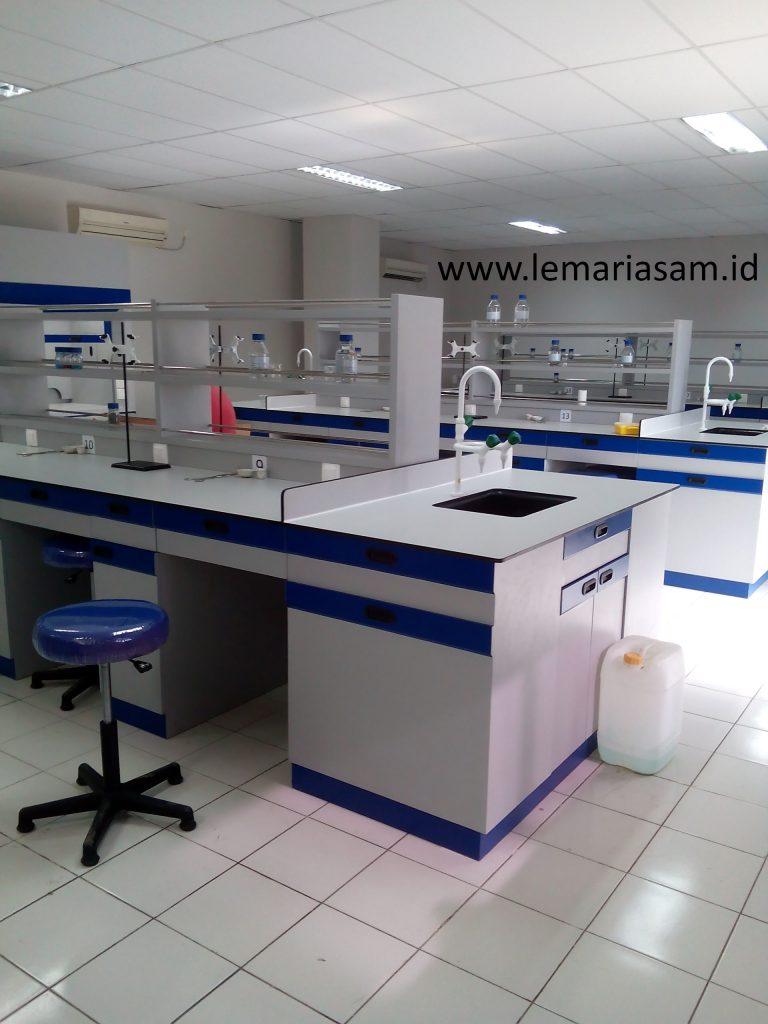 jasa pembuatan meja lab