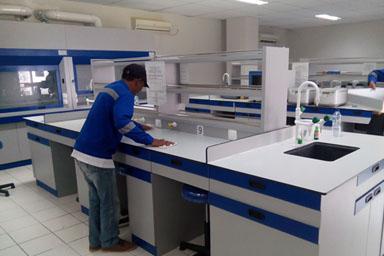 gallery 2 lemari asam dan meja laboratorium